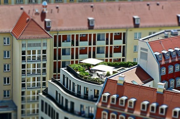 why flat roof is the most common for commercial roofing