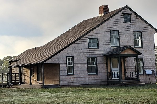 a-property-sporting-a-saltbox-style-roof